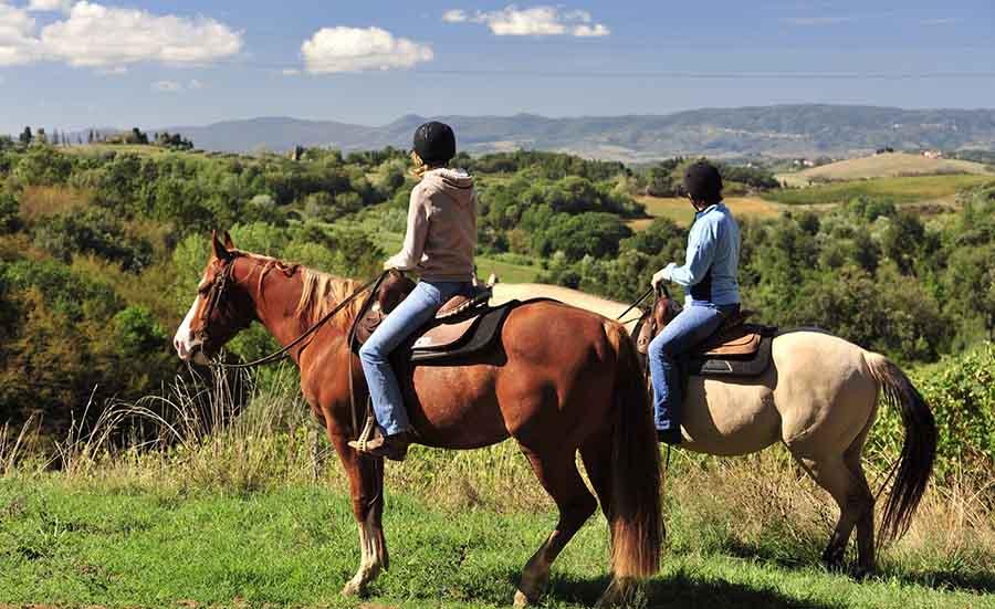 passeggiata a cavallo villaggio camping maratea